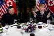 """После личной встречи лидеры двух стран перешли к ужину. За столом присутствовали госсекретарь США Майк Помпео и шеф аппарата Белого дома Мик Малвейни. Трамп выразил надежду на то, что переговоры в итоге приведут к """"чудесной ситуации"""". Он вновь охарактеризовал свои отношения с Ким Чен Ыном как """"очень особенные""""."""