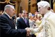 Нурсултан Назарбаев и Дмитрий Медведев приветствуют артистов Большого театра. 2011 год.
