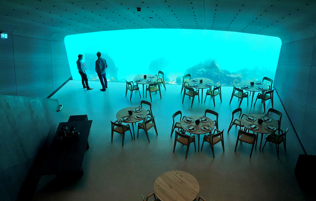 В Норвегии открывается первый в Европе ресторан под водой