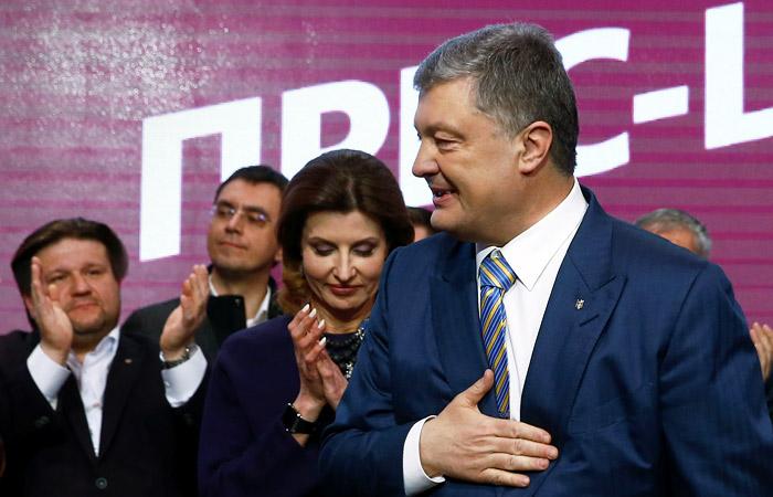 Порошенко обошел Зеленского по итогам зарубежного голосования