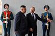 Вопрос о визите Ким Чен Ына в Россию обсуждался неоднократно, соответствующее приглашение было передано в 2017-2018 годах. В мае 2018 года Пхеньян посещал глава МИД России Сергей Лавров.