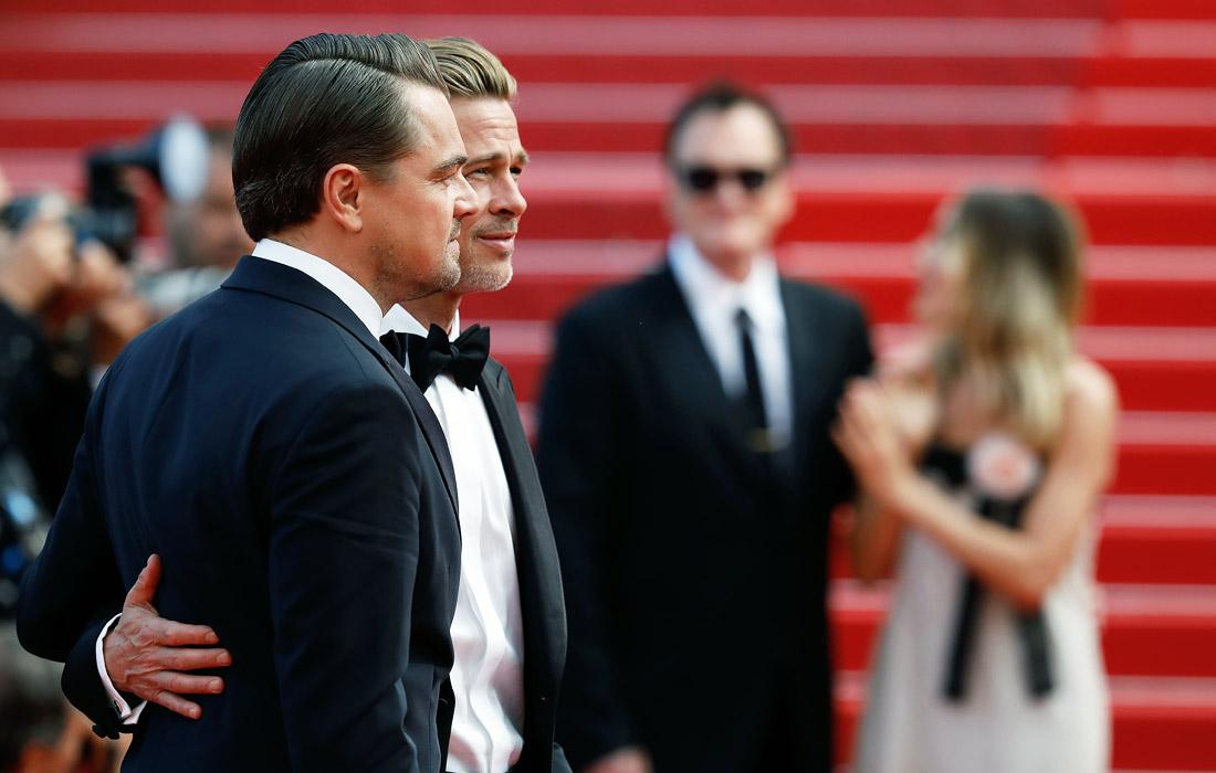 """Актеры Леонардо ДиКаприо и Брэд Питт во время премьеры нового фильма Квентина Тарантино """"Однажды в Голливуде"""""""
