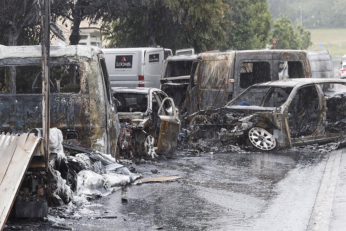 В Швейцарии ограбление инкассаторского автомобиля закончилось пожаром