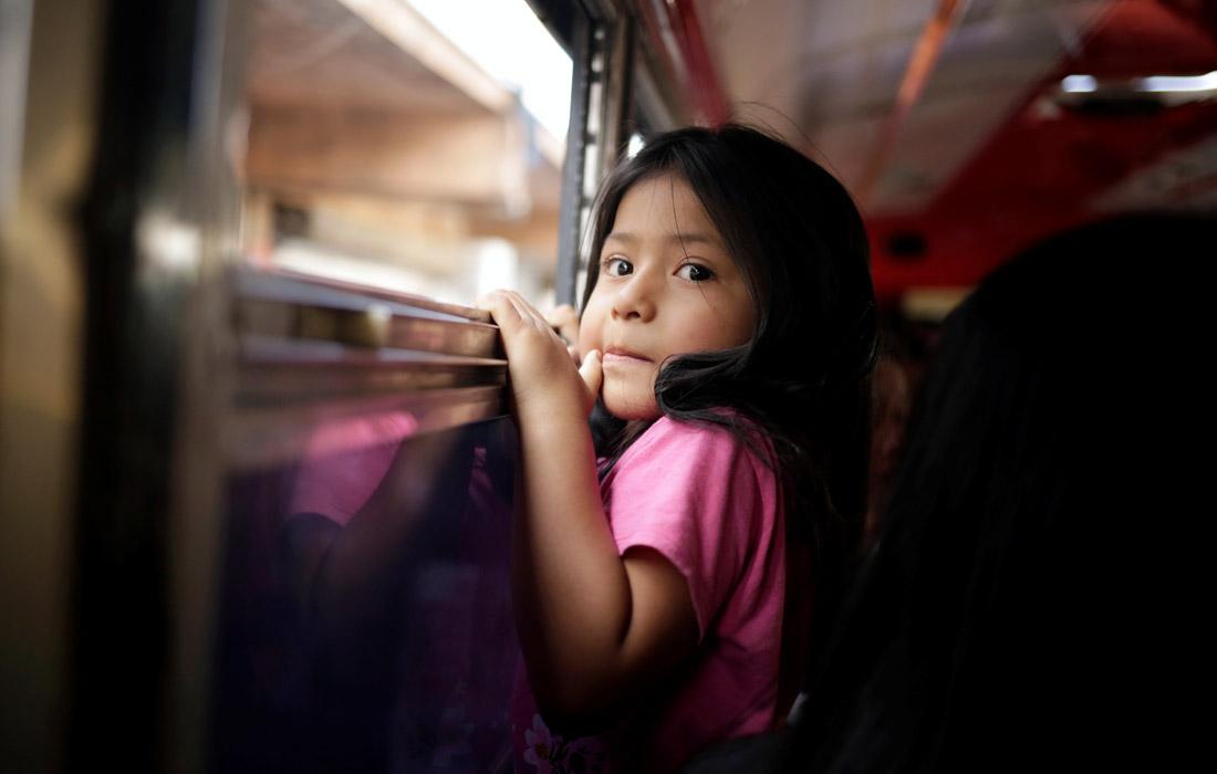 Мигрантов из Сальвадора депортируют из Соединенных Штатов Америки в Мексику