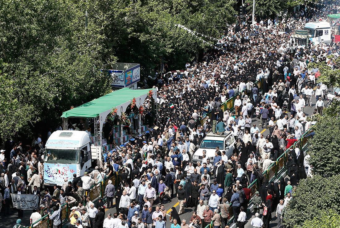 Останки иранских солдат, погибших в Ирано-иракской войне 1980-1988 годов, доставлены в Иран