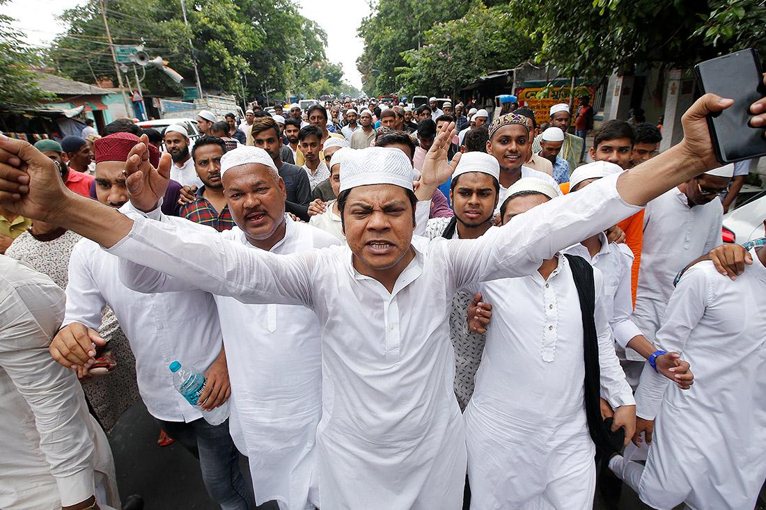 Мусульманское население Калькутты вышло протестовать против случившегося на днях линчевания обвиненного в краже единоверца