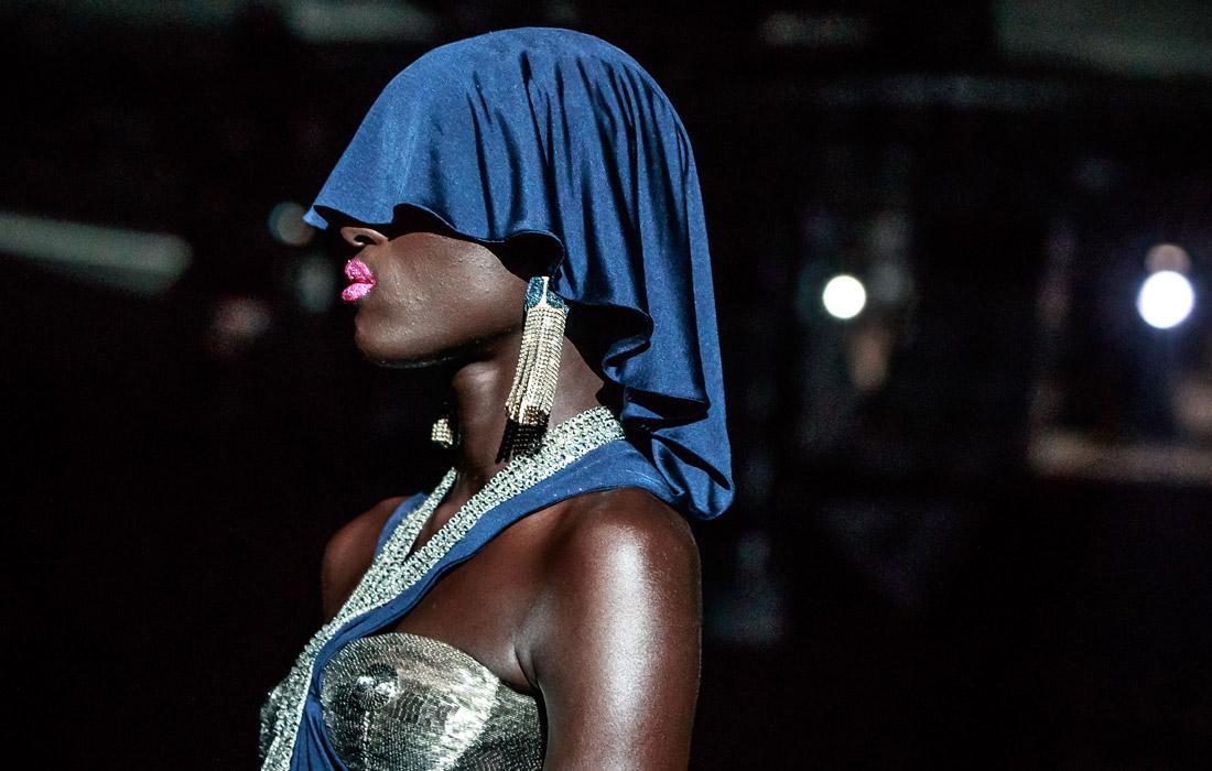 Новая коллекция женской одежды от Schiaparelli