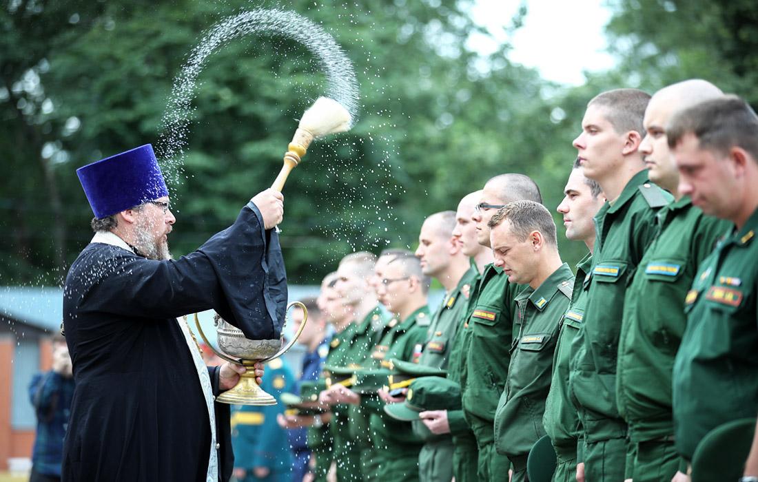 Отправка призывников весеннего призыва в научные роты в Москве