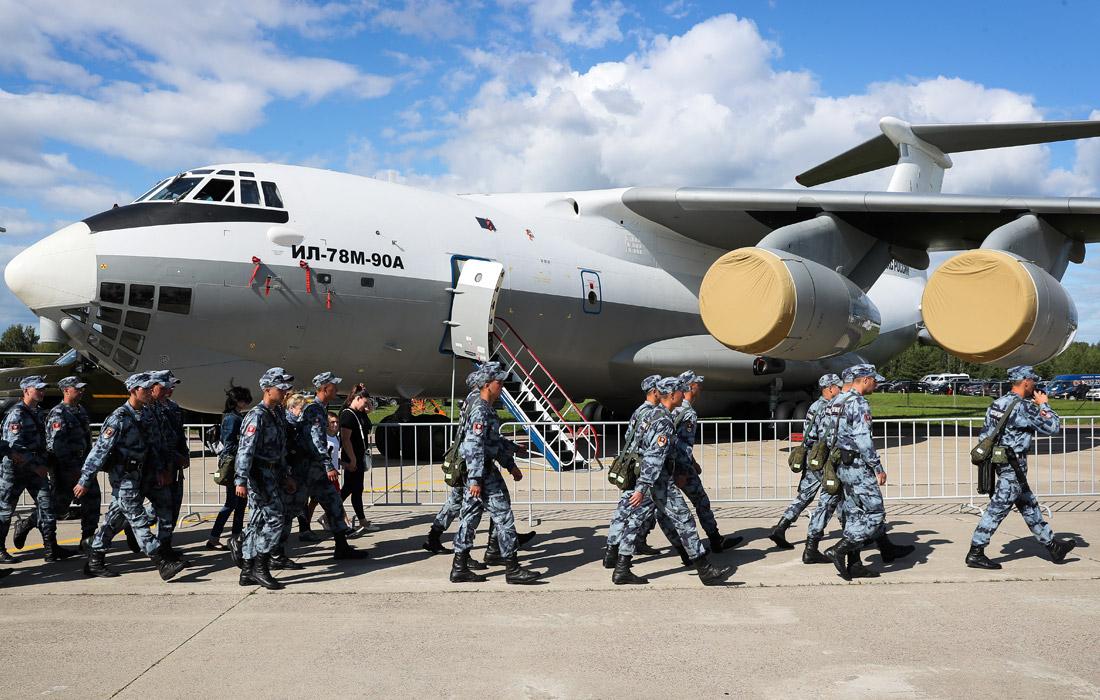 Военно-транспортный самолет Ил-78М-90А