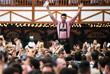 За 16 дней гости фестиваля выпивают миллионы литров пива и съедают сотни тысяч жареных цыплят и сосисок