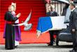 Понедельник во Франции объявлен днем национального траура