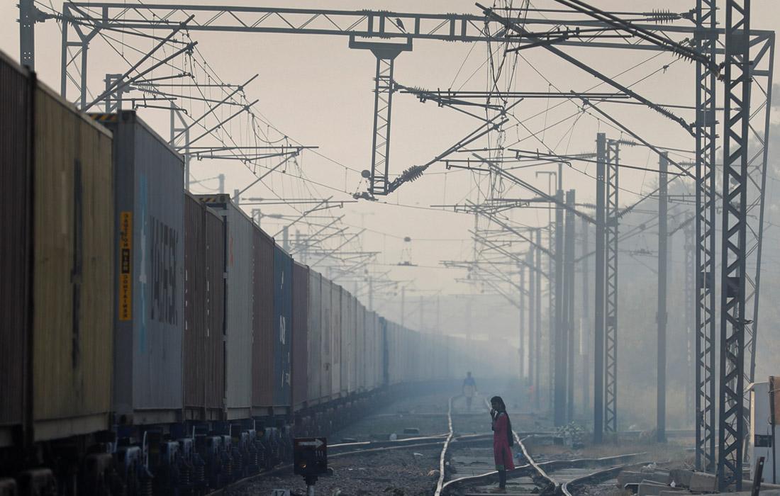 Также на экологию влияют строительная пыль, выхлопы автотранспорта, выбросы промышленности. Но главной проблемой остаются подожженные поля.