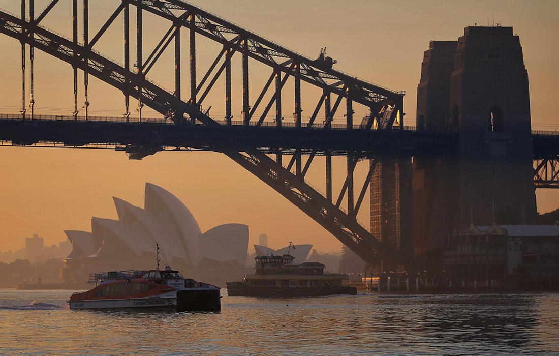 Сидней, окутанный дымом от пожаров