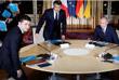 """Это первый саммит """"нормандского формата"""" за более чем три года. В предыдущий раз """"нормандский формат"""" на уровне лидеров собирался в октябре 2016 года в Берлине. Из нынешнего состава """"четверки"""" в нем принимали участие только Владимир Путин и Ангела Меркель. Эммануэль Макрон и Владимир Зеленский впервые стали участниками такой встречи."""