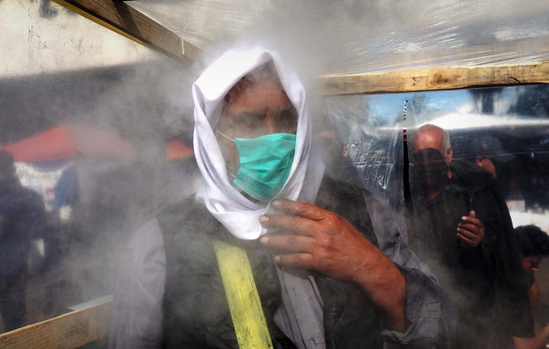 3 марта. Шесть новых случаев заражения вирусом зафиксированы в Ираке, все заразившиеся были недавно в Иране. Согласно официальной статистике, Иран - одна из наиболее пострадавших от эпидемии стран. От коронавируса там скончались более трех десятков человек. Среди инфицированных - вице-президент, замминистра здравоохранения, два парламентария.