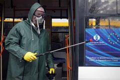 В Киеве закроют школы и развлекательные центры из-за коронавируса