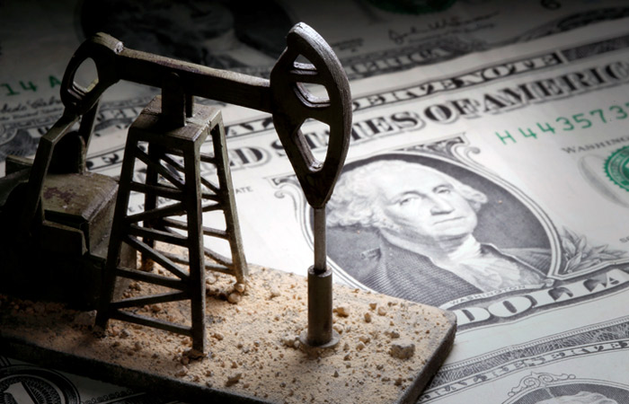 Сделка ОПЕК++ не поможет нефтяному рынку взлететь, но и не даст утонуть. Обзор