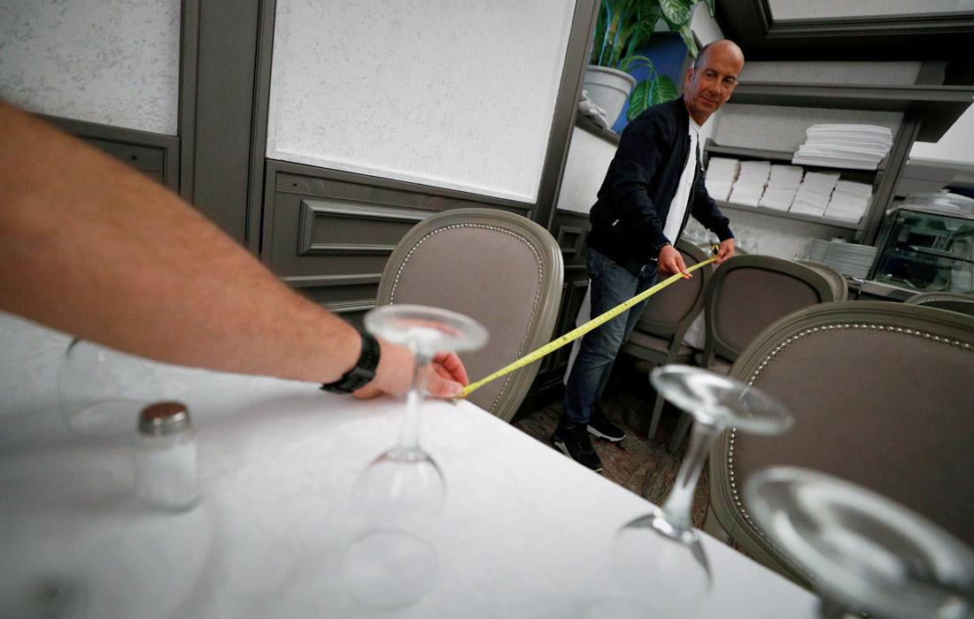 В Италии владельцы ресторанов обязаны обеспечить расстояние между столиками не менее одного метра