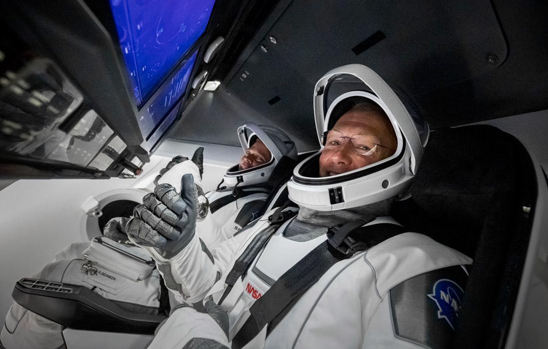 Crew Dragon, на котором отправились в испытательный полет астронавты-ветераны Даглас Харли и Роберт Бенкен, стал первым американским пилотируемым кораблем, запущенным с территории США с 2011 года