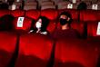 1 июня. В Бангкоке открылись кинотеатры с ограничением числа посетителей в зависимости от площади залов.