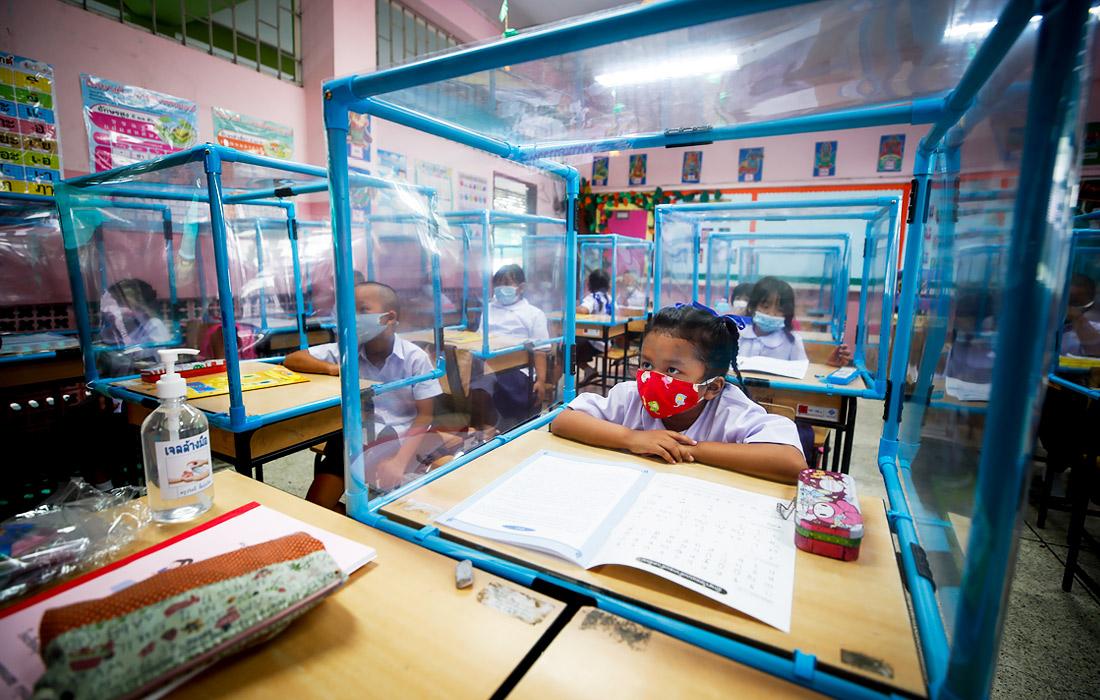 В Таиланде возобновились занятия в школах