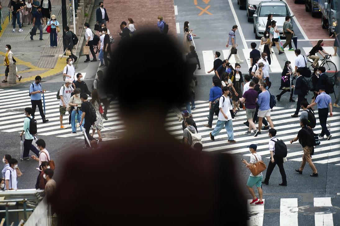 В Токио за минувшие сутки выявлено 224 новых случая заражения коронавирусом. Это самый большой прирост с 17 апреля, когда был установлен предыдущий антирекорд в 206 случаев.