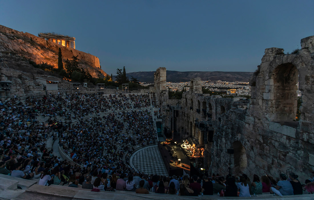 Античный театр Одеон Герода Аттика в Афинах открылся после ослабления ограничений