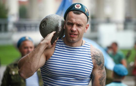 Празднование дня ВДВ в России