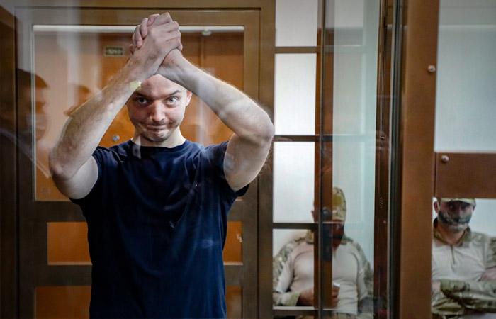 Рогозин выразил надежду на освобождение Сафронова