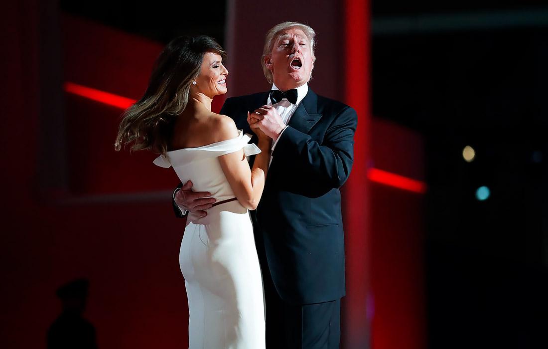 20 января 2017 года Дональд и Мелания Трамп исполнили первый танец под песню Фрэнка Синатры на балу в честь инаугурации нового главы государства