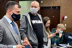 """Главреда """"Медиазоны"""" арестовали на 25 суток за призывы на акцию"""
