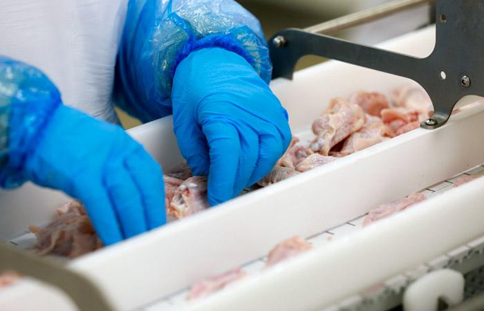 Птицеводы допустили снижение цен на курятину в апреле-мае