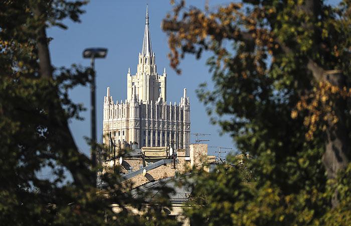 Москва закрыла въезд в РФ ряду представителей Великобритании