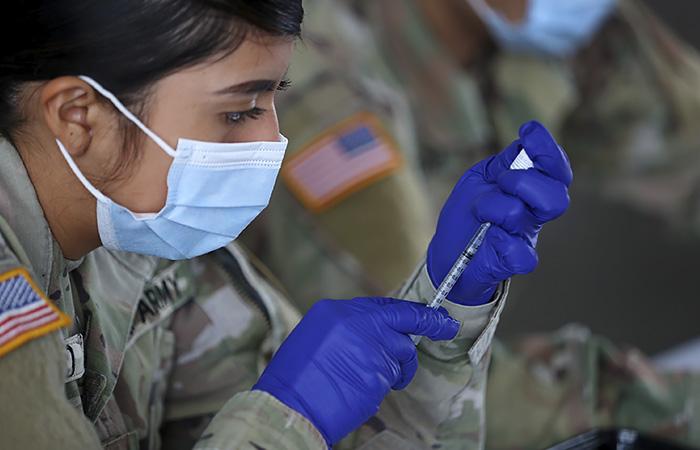 Пентагон намерен к 15 сентября ввести обязательную вакцинацию для всех военных