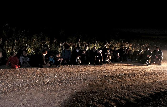 Пограничники Латвии остановили 91 нелегала на границе с Белоруссией