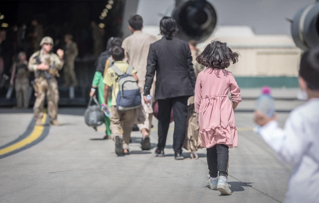 """Эвакуация из Кабула афганцев в рамках военной операции США """"Убежище для союзников"""""""