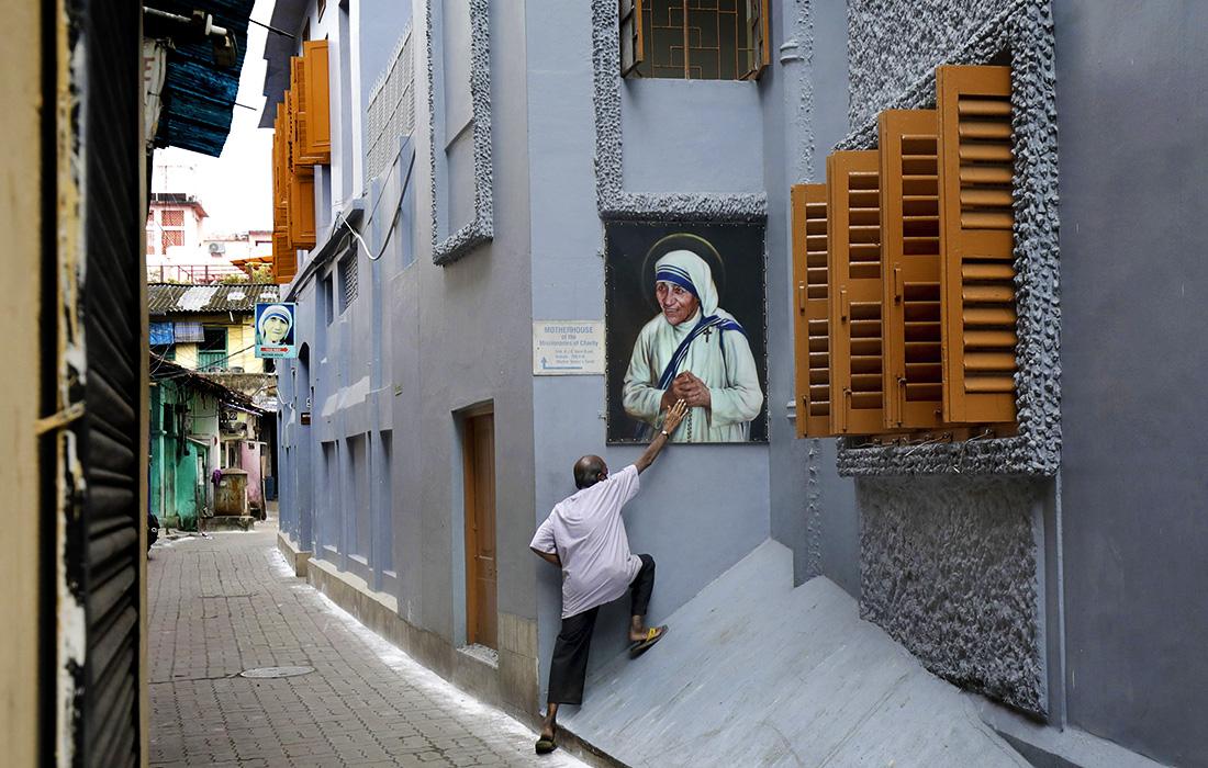 Indien feiert 111. Geburtstag von Mutter Teresa