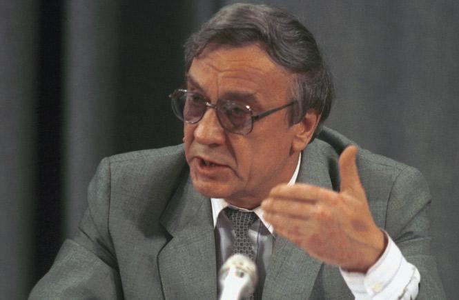По мере стабилизации положения пройдут прямые президентские выборы - Янаев