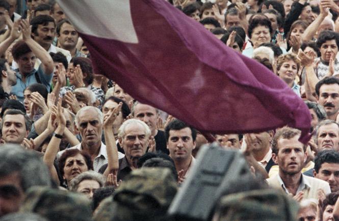 Митинги в Тбилиси не прекращаются