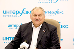 Десятки миллионов соотечественников могут переехать в РФ в случае либерализации процедуры получения гражданства - Затулин
