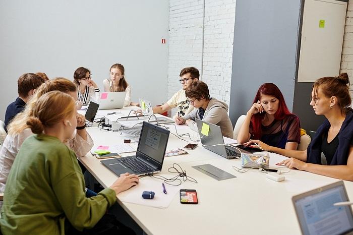 Какое образование нужно хоумлендерам? Исследование крупнейшей образовательной платформы Учи.ру