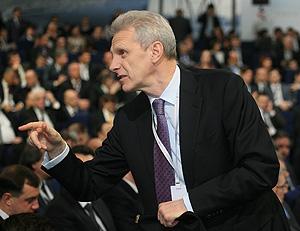 Фурсенко защищает реформы