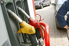 Встали в очередь за бензином