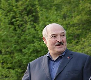 Лукашенко ополчился на СМИ