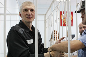 Лебедев обжаловал отказ в УДО