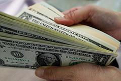 Доллар, нефть, акции: прогноз на август