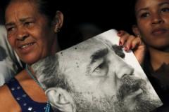 Слухи о смерти Кастро не подтверждаются