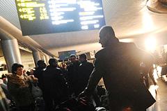 "Пассажиры ""Континента"" ждут"