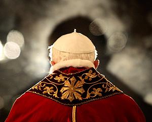 На Папу подали в Международный уголовный суд