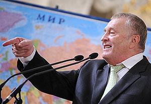 Миронов требует извинений от Жириновского